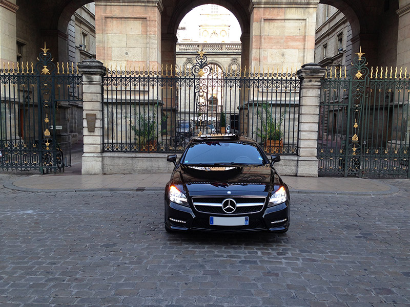 mercedes cls pack amg location voiture luxe lyon. Black Bedroom Furniture Sets. Home Design Ideas
