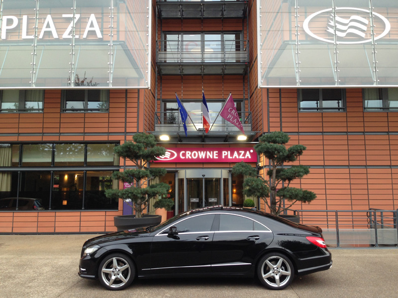 Mercedes Classe CLS Pack AMG - Hotel CROWNE PLAZA Lyon